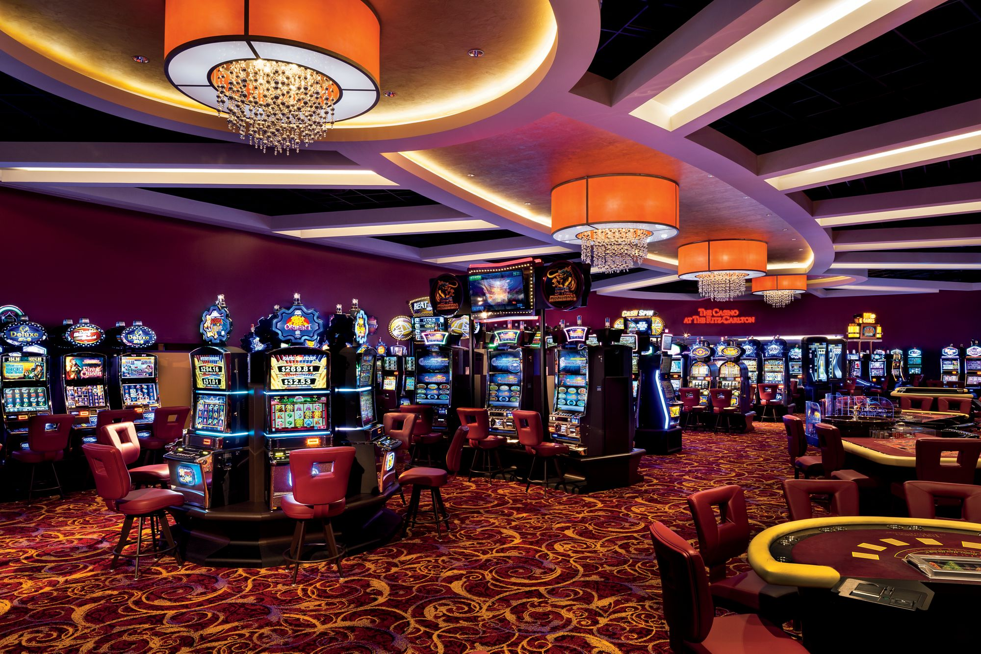 Online Casino – Play Slots For Money Or Hand For Money